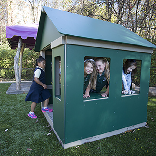 HDPE Playhouse 5'x5'